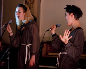 Kimberley O'Neill and Cara Tolmie performing at Urlibido (2010)
